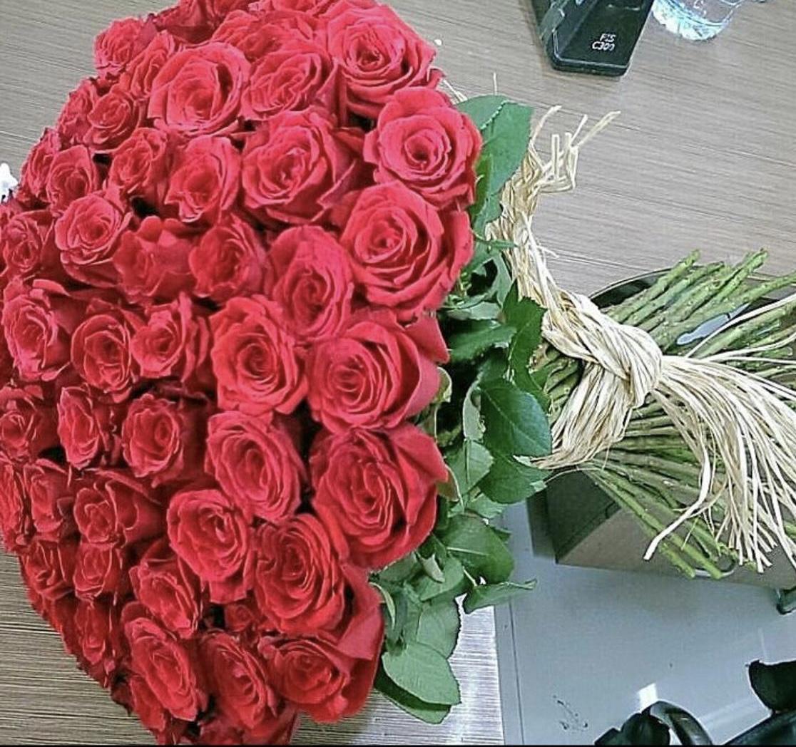 80 pcs std roses